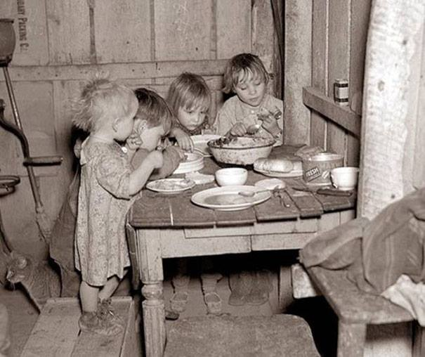 Christmas-dinner-during-Great-Depression-turnips-and-cabbage