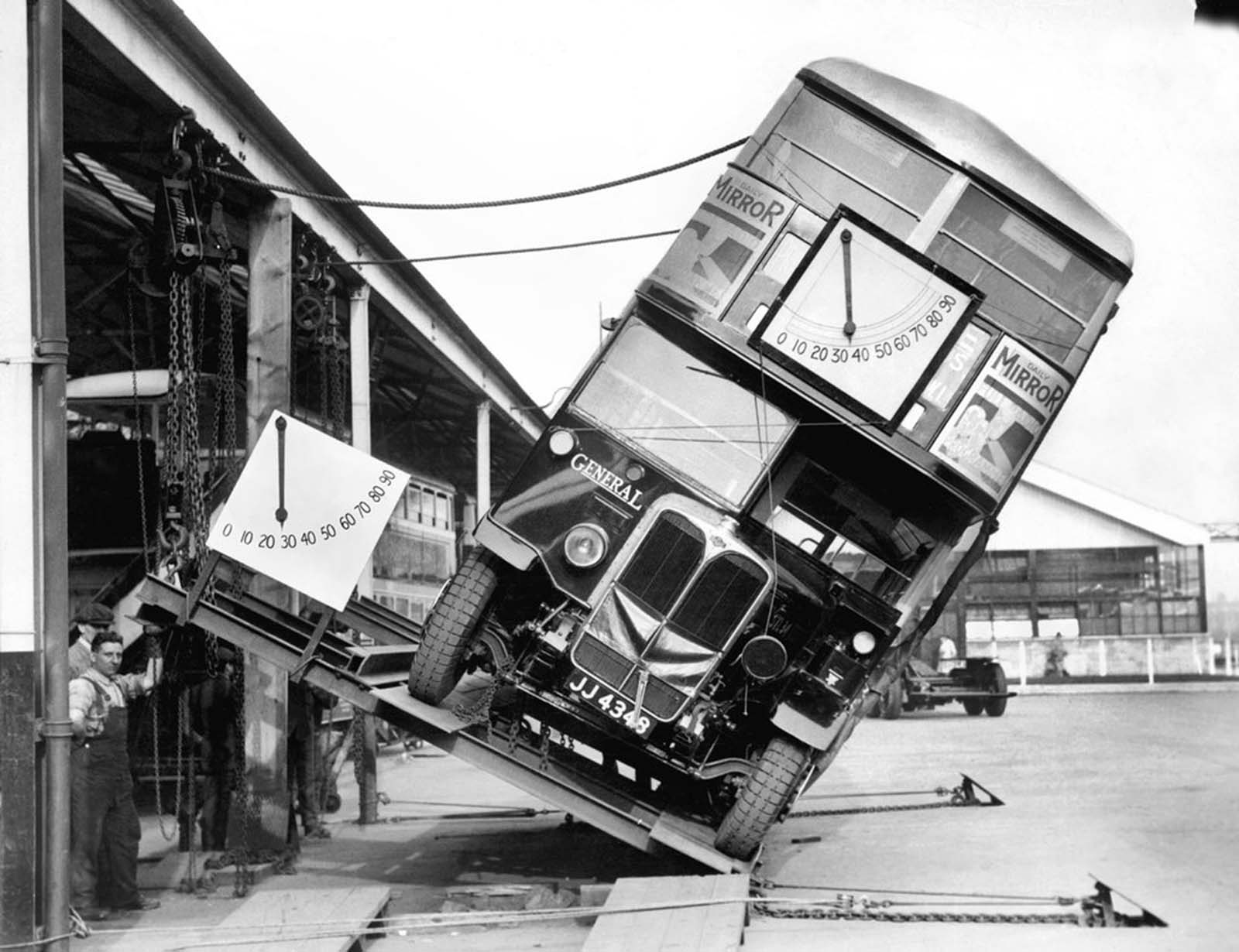 Double-Decker-Bus-Tilt-Test-1933